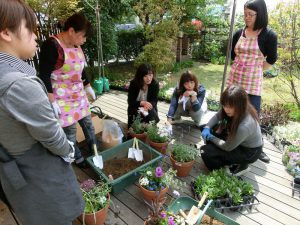 米子寄せ植え教室 (3)